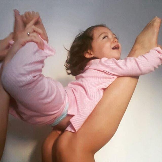 Morning babygirl practice happybday 2 ans dj loveyou omyogacasablanca bookingyogahellip