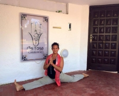 Welcome to Elizabeth Falk and her group of yogis